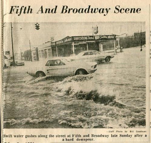 FloodingFifthandBroadway002